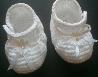 Cotton Baby Slippers shoes size 0 to 3 months in white