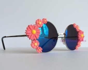 Meadows II Pink - Small Round Blue Reflective Embellished Sunglasses Mirrored Pink Daisies Flowers Sunnies