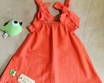 Summer dress in coral satin knots