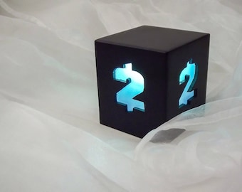 Handmade Decorative Lamp - Payday 2 cube lamp (small sign)-gamer Christmas - ManCave - Gift for Him - Gift for Her - Table Lamp-Gamer gift