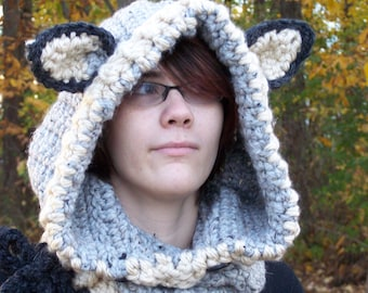 Bulky WOLF Hooded Cowl