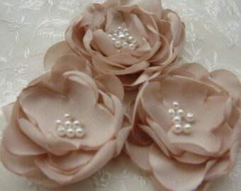 Champagne Bridal Flower, Brooch OR Hair Clip, Bridal Flower, Hair Clip with Pearls Crystals Champagne Hair Accessories