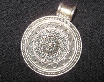 Vintage Sterling Silver dp 925 India Flower Pendant Slide 19g