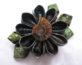 Devonian Dreaming Kanzashi Flower Hair Clip with Ammonite Fossil
