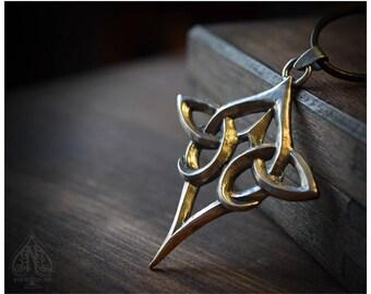 Celtic knot silver pendant Scáthach big size