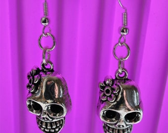 Day of the Dead Sugar Skull Earrings // Dia de los muertos // Calaveras // Alternative // Rock
