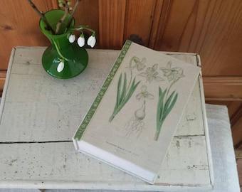 Box with botanical print of snow drops, handmade cartonnage