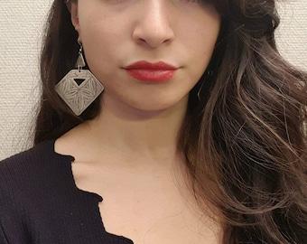 Vintage GaniK GBO1 earring