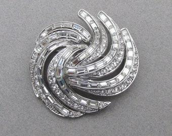 Nolan Miller Large Vintage Swirl Crystal Rhinestone Pin