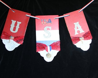 4th of July Banner Wreath Banner Wreath Banner Wreath Vintage Books Shabby Independence Day Patriotic  July 4th Bling Elegant Patriotic 4th