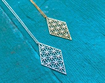 Diamond shaped Necklace, Sacred geometry Necklace, Yoga Necklace, Geometric necklace, Diamond Necklace, Flower of life, alchemy jewelry