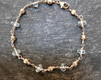 winsome... aquamarine and gold bracelet / aquamarine rondelle, 14k gold filled faceted beads bracelet