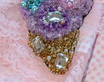 woman brooch rhinestone pearl beads glass beads ice cream cone wool hand made