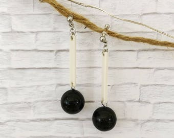 Invisible Clip on black & white acrylic earrings / Non pierced earrings / Comfortable clip on earrings / Gift / Birthday gift