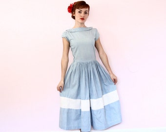 1940s Day Dress / 1950s Chambray Dress / 50s Cotton Dress [ small ]