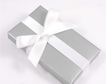 Stylish Gift Wrapping Service