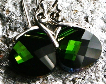 Emerald Green Crystal Earrings Swarovski Cool Kelly Flat Briolette Drops Sterling Silver Petite Dangle RARE Classic Teardrop May Birthstone