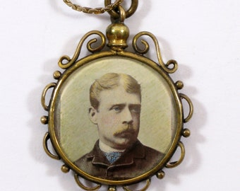 Photo Pendant,  Edwardian Photograph Pendant, Double Photo Pendant, Antique Pendant,  (588)