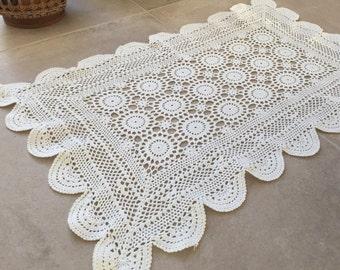 Doily crocheted, handmade