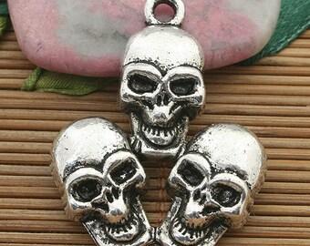 4pcs dark silver tone 3 skull pendant charm h3713