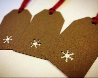 5 Christmas Gift Tags - Snowflake Hand Punched Gift Tags