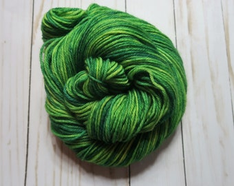 Lime (100% Peruvian Highland Wool, Worsted Weight, 220 yd/100 g)