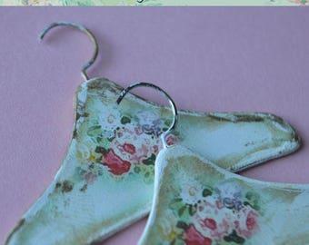 Miniature dress Hanger A-10, set of 2 hangers for dollhouse scale 1/6