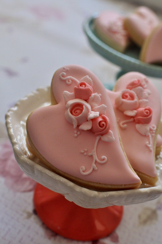 2 Dozen Large Folk Art Heart Cookie Favor-Shabby Chic Wedding Favors, Bridal Showers, Bridemaids Gifts, Baby Showers