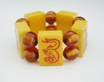 Mah Jong Bracelet of Vintage Catalin Tiles and Amber Foil Glass Beads / Dragon Tile / Gold / Butterscotch / Goldenrod / Yellow / Asian / SM