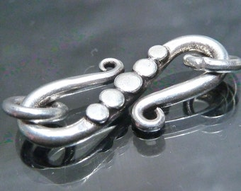 Big Bali Sterling Silver S clasp with granulation necklace bracelet findings