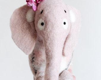 Waldorf toy. Aurelia - Felt Elephant. Felt toy. Felted Animals. Softie Plush Toy Stuffed animals. Nursery decor soft toy. dusty light pink.