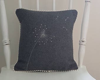 Dandelion cushion, dandelion pillow, decorative cushion, decorative pillow, grey cushion, woollen cushion, botanical cushion, handmade