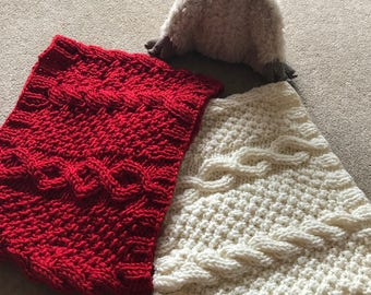 Hand knitted Quality Aran Pattern Circular Scarf