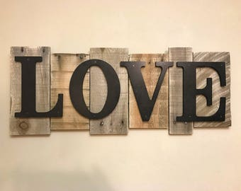 Rustic Wood Sign -Love-