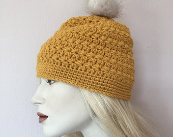 Winterstar hat with pompom crochet pattern