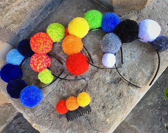Solid colour pompom headband