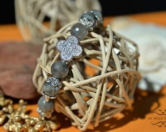 Labradorite bracelet, Labradorite Jewelry, Gemstone Bracelet, Beaded Bracelet, Women Bracelet, Fancy Bracelet