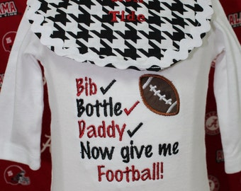 Alabama, Roll Tide, Crimson Tide, bodysuit, football, baby bib, baby boy clothes, Alabama bodysuit, baby shower gift, new baby gift, Bama