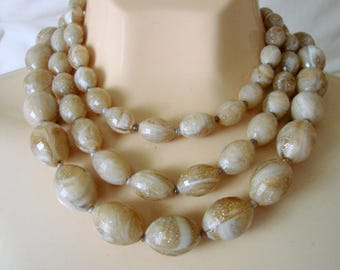 Mid Century Vintage Beige & Brown Variegated Bead Bib Necklace / 1960s / Graduated Beads / Jewelry / Jewellery