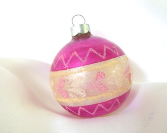 Vintage Fuchsia and Silver Christmas Ornament with Pink and Yellow Mica Hearts, USA Ornament