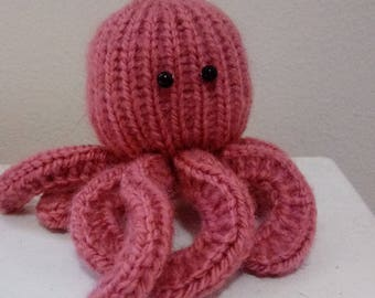 Rose the knit Octopus