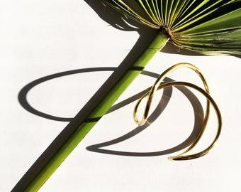 Jung Bangle | assimetrical brass bracelet