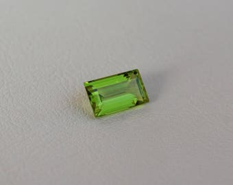 Loose peridot gemstone Faceted baguette peridot Natural Burma peridot loose stone for jewelry