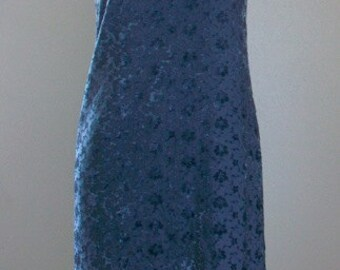 On Sale! Gray Velvet  Bodycon Dress Size Medium.