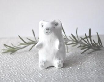 simple polar bear totem