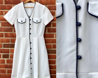 white dress Sears Roebuck 70s BUTTON UP vintage retro A-line 1970s Fourth of July short sleeve women's medium