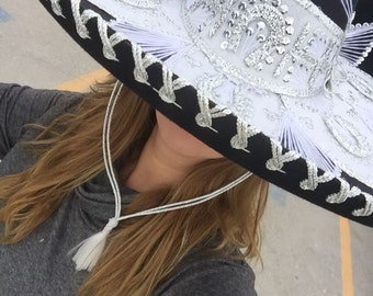 Beautiful Mexican embroidered Charro hat,5 de mayo Charro Hat,sombrero de Charro,16 de septiembre,Charro Mexican Sombrero Mariachi Hat