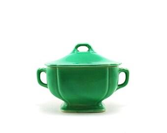 Riviera Green sugar bowl by Homer Laughlin China - Century Shape - Art deco