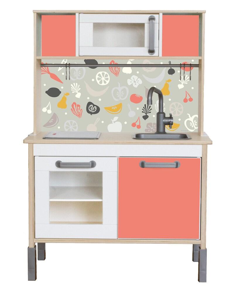 Möbelfolie FRUKTIG: Pimp deine IKEA Kinderküche Möbel nicht