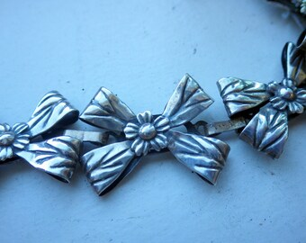 Coro - Sterling Silver 1950s BOW and Flower Bracelet